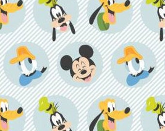 Mickey Mouse, MM The Best Pals, 85271022, 01, WHITE, Mickey Mouse Play All Day of Camelot Fabrics