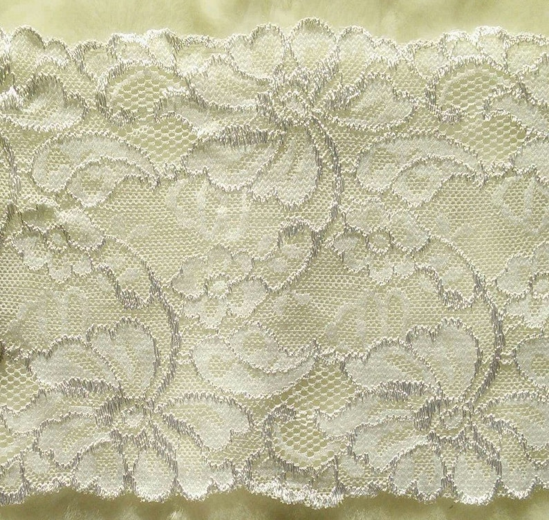 6 12 inch 17cm DT31 white at the metre 39 inch Lace elastic