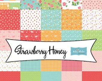 Bundle, 25 prints, bee, strawberry and flower - Strawberry Honey of Riley Blake