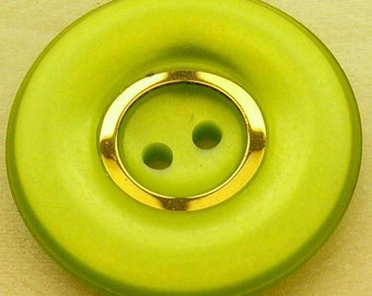 28mm, Button, chartreuse green, gilding, lucite, vintage, top 5mm, button 2 holes, coat button, decorative button, GR02