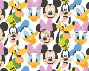 Mickey Mouse, MM Here Comes the Fun, 85271020, 01, Mickey Mouse Play All Day of Camelot Fabrics