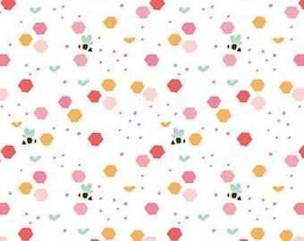 Bee, Strawberry Honey, C10242, WHITE, Riley Blake, cotton quilt, cotton designer
