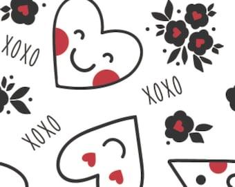 Red smile heart, white background, XOXO, 21190701, col 01, Camelot Fabrics, cotton, cotton quilt, cotton designer