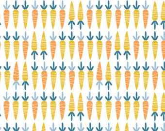 SALE, Carrots in White, 21170704, 01, Cluck, Moo, Oink, Camelot Fabrics, 100% Cotton, quilt cotton, (Reg 3.76-21.91)