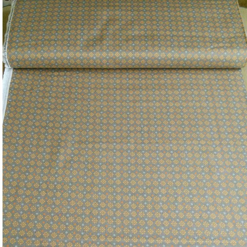 col 02 Free Spirit 66190104 100/% Cotton, taup Flower SALE Reg 3.76-21.91 Camelot Fabrics