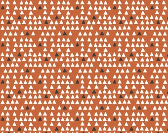 Fabric 100% cotton, Tiny Triangles, 89200705, col 01, BROWN - Penguin Paradise by Puck Selders of Camelot fabrics