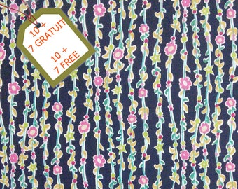 Fabric Floral, navy, 100% cotton, cotton quilt, cotton designer. Comes WITH tracking code