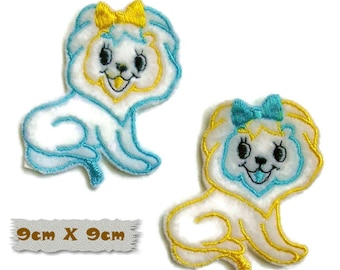 Embroidered badge, Puppy, 9cm X 9cm, sewing, badge, sewn patch, decoration, washable, embroidery on white, fluffy, (Reg 6.50)