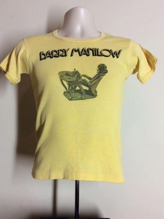 Vtg 70s Barry Manilow T Shirt Yellow SXS Classic Soft Rock Singer
