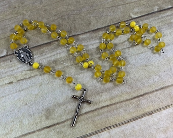 Yellow Sea glass catholic rosary, spring rosary, bright rosary, Easter rosary, modern rosary, baptism gift, first communion gift