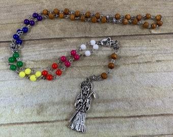 Acrylic and wood seven power color Santa muerte rosary, santisima muerte rosary, nuestra senora de la Santa Muerte, holy death rosary