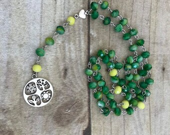 Green and yellow wiccan wheel of the year pagan rosary, wiccan jewelry, occult necklace, pagan prayer beads