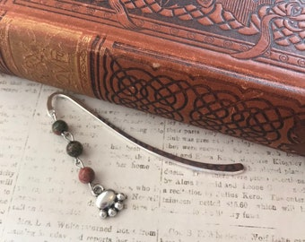 Unakite dog paw bookmark, paw print bookmark, dog mom gift, dog dad gift, dog lover bookmark, dog gift, puppy bookmark