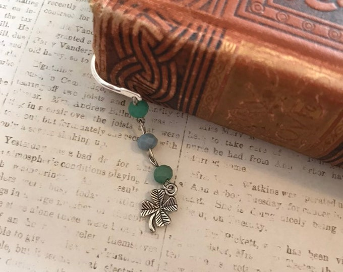Featured listing image: Simple shamrock bookmark, green shamrock bookmark, saint patricks day bookmark, clover bookmark, lucky bookmark