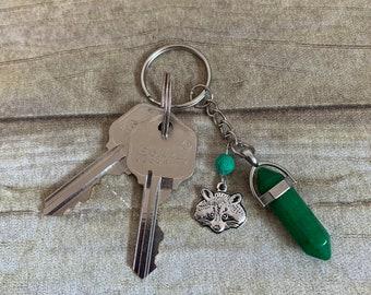 Green agate raccoon keychain, raccoon gift, raccoon accessories, forest keychain, animal keychain, diffuser keychain, crystal keychain