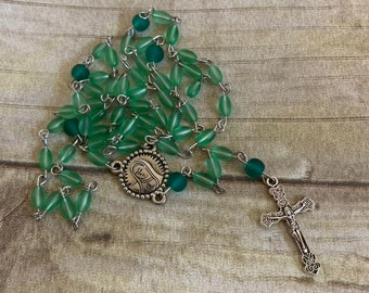 Green sea glass rosary, one of a kind catholic rosary, baptism gift, first communion gift, confirmation gift, glass rosary