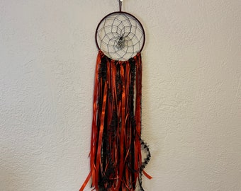 Red and black spider dreamcatcher, gothic dreamcatcher, goth dreamcatcher, gothic home decor, spider home decor, goth wall hanging