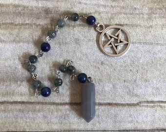 Grey green agate pendulum, crystal pendulum, stone pendulum, pagan pendulum, pentacle pendulum, wiccan pendulum