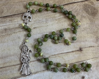 Green frosted Santa Muerte rosary, santisima Muerte rosary, nuestra senora de la Santa Muerte, holy death rosary, sacred death rosary