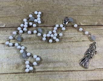White and grey skull Santa muerte rosary, santisima muerte rosary, nuestra senora de la Santa Muerte, holy death rosary, sacred death rosary