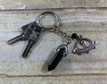 Black agate alien keychain, ufo keychain, flying saucer keychain, sci fi keychain, spaceship keychain, space keychain, crystal keychain,