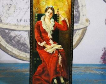 Tabletop Russian Cigerette Case