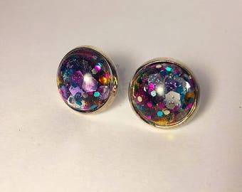 12mm glitter earrings in gold settings settings