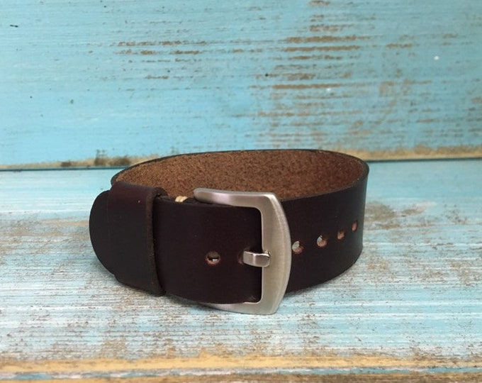 22mm Oxblood Horween Chromexcel 1 piece strap