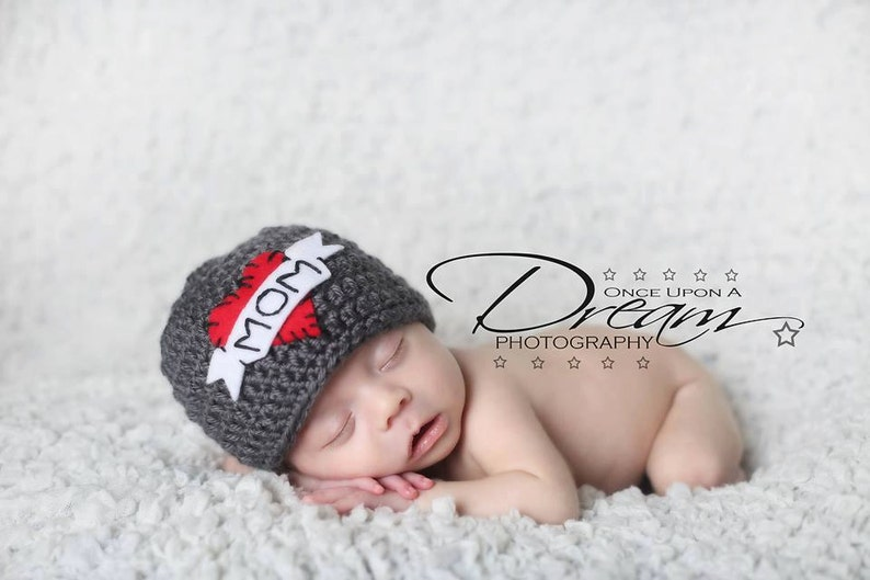 valentines photo prop Tattoo love mom beanie hat....Valentine/'s Love mom hat love Dad  Hat -Newborn girl hat infant boy  clothes
