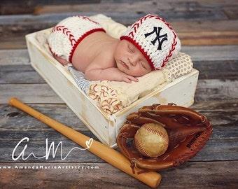 Baby Boy baseball bat -  Crochet Baseball Diaper Cover - Baby Baseball outfit,  -crochet baby shower gift - newborn baseball - baseball team