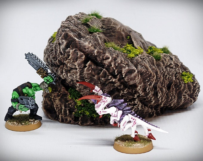 Wargame Terrain - Solitaire – Miniature Wargaming & RPG rock formation terrain - 5x4.5x3 inches