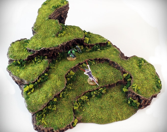 Wargame Terrain - Pedestal – Miniature Wargaming & RPG dynamic hill terrain - 15.5x15x4.5 inches
