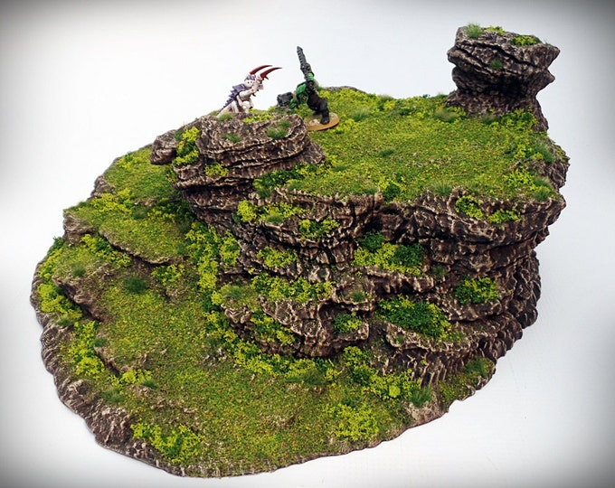 Wargame Terrain - Stepped Spiral – Miniature Wargaming & RPG dynamic hill terrain -  - 12.5x11.5x5.5 inches