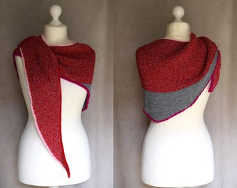 Red grey shawlette, triangular scarf for women and girls, geometric handknit scarf, thick winter scarf, vegan, reclaimed, recycled