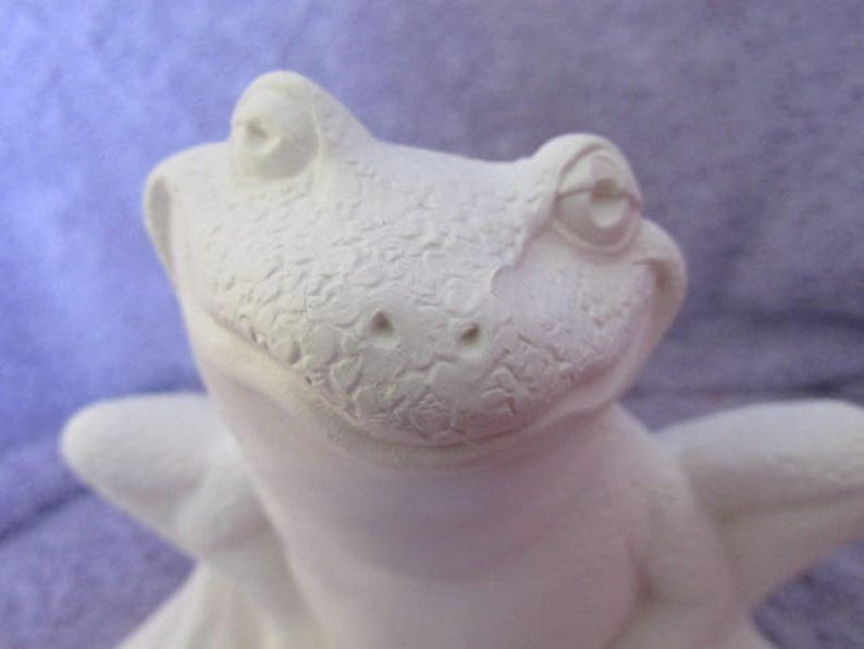 Ceramic Nowell 2977 Frog Preparing to Leap Bisque Ready to Paint
