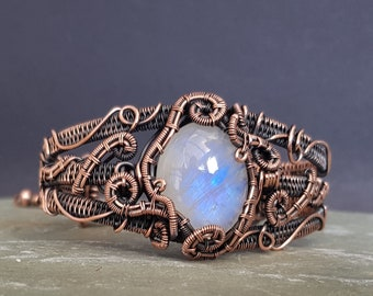 Moonstone and Copper Bracelet, 7th Anniversary Gift for Her, Moonstone Cuff, Gothic Bracelet, Steampunk Bracelet, Rainbow Moonstone Jewelry
