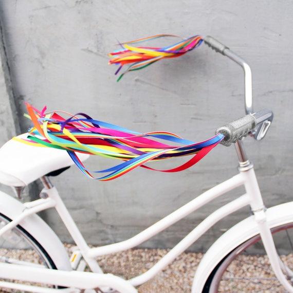 Speedway Handlebar Streamers set of 2 Red /& White bike Bicycle BRAND NEW
