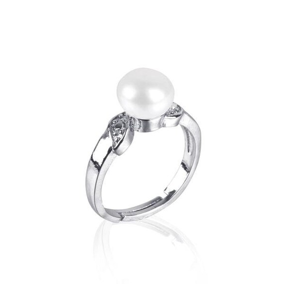 9mm Near Drop Freshwater Cultured Pearl Stud Earrings Silver Plated Pearl Earrings with Rhinestone