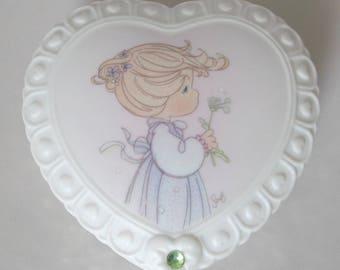 1996 Enesco Precious Moments August Heart Trinket Box
