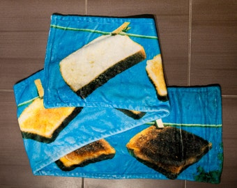 Scarf, scarf, neck, soft, fabric, food image, photo, photography, food, funny, humor, blue, clothing, warm scarf, toasts