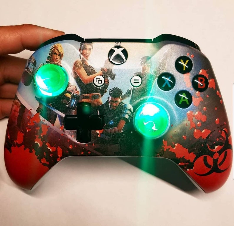 Custom  Fortnite themed New Wireless Xboxone Controller green image 0
