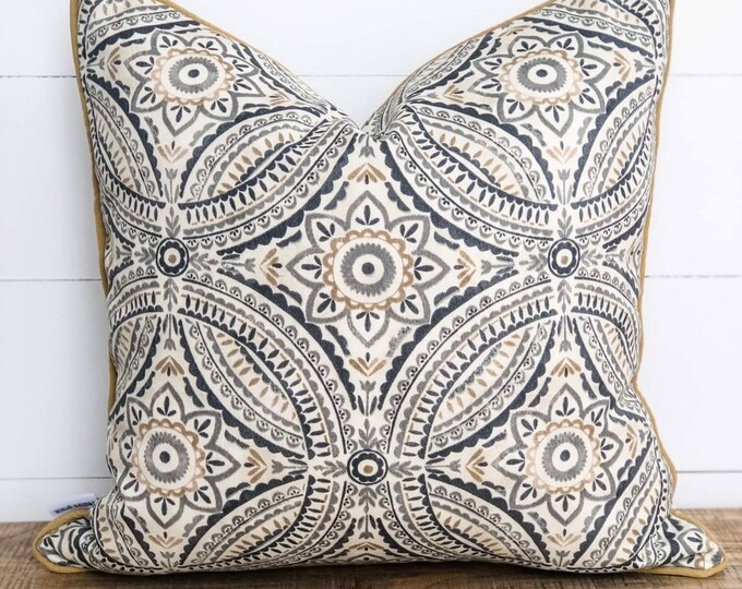 Outdoor Cushion Cover - Pewter tile with piping