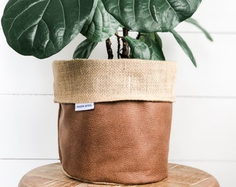 Pot Plant Cover - Tan Faux Leather Reversible Hessian
