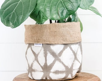 Pot Plant Cover - Neutral Shibori and Hessian Reversible