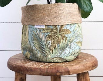Pot Plant Cover - Bahamian Breeze Reversible Hessian
