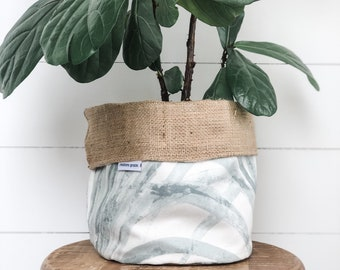 SALE - Pot Plant Cover - Grasslands Reversible Hessian