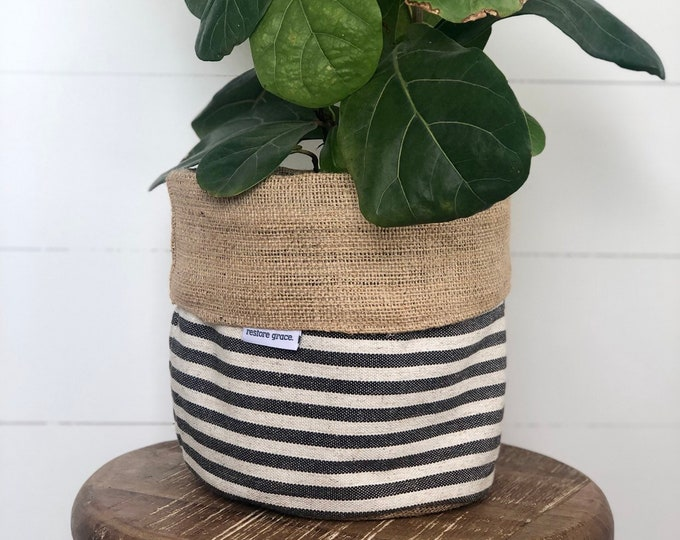 Charcoal Scout Stripe Hessian Reversible Planter Bag