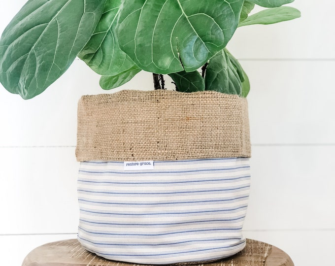 Pot Plant Cover - Country Stripe Reversible Hessian