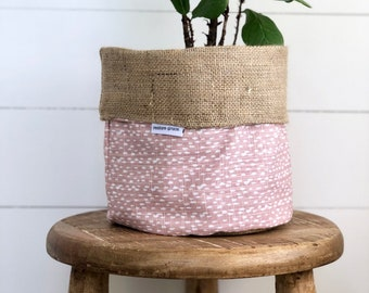 Pot Plant Cover -  Blush Riverbed and Hessian Reversible