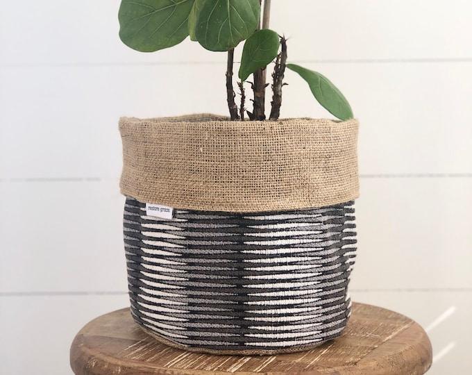 Grey Tuxedo Hessian Reversible Pot Plant Cover